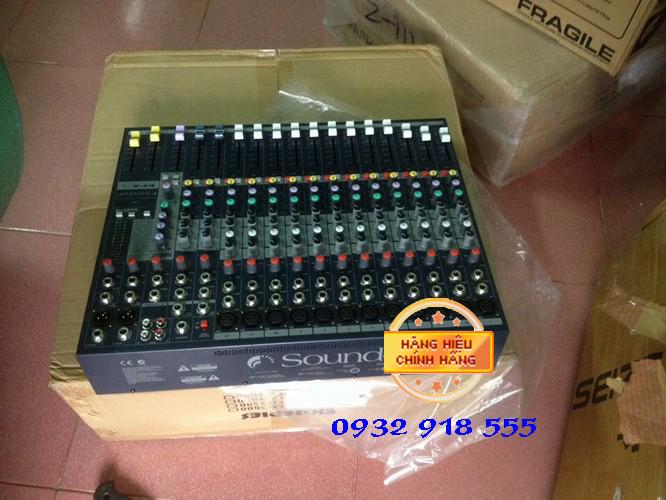 Ban mixer soundcraf EFX12
