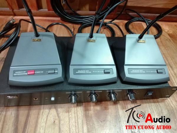 Micro đại biểu APU 8520B nhập khẩu thiết kế đẹp chuyên nghiệp