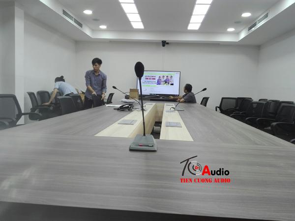 Lắp đặt âm thanh hội thảo, micro trực tuyến truyền hình