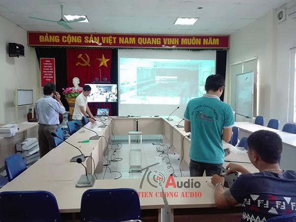 Lắp đặt âm thanh hội thảo APU, micro hội thảo cho Bệnh viện nội tiết