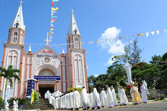 Chuyên cung cấp lắp đặt âm thanh nhà thờ tiêu chuẩn tại Hà Nội