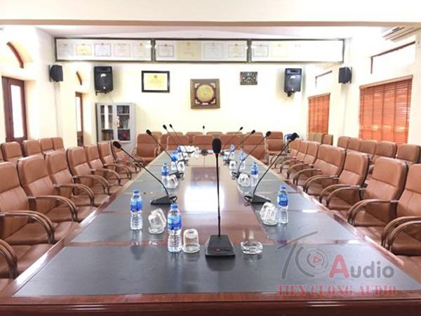 Bộ micro phòng họp APU hiện đại tiêu chuẩn nhất hiện nay lắp đặt cho các công trình