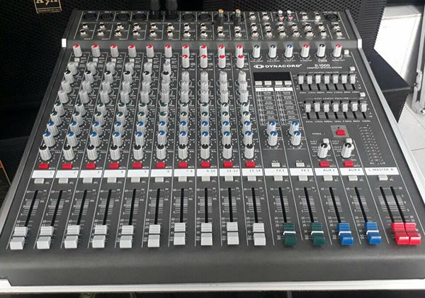Mixer Dynacord D1000