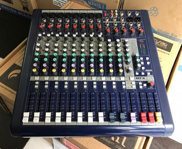 Mixer Soundcraft MFX8/2 đẳng cấp âm thanh sân khấu hội trường