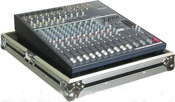 mixer-yamaha-emx-5016cf