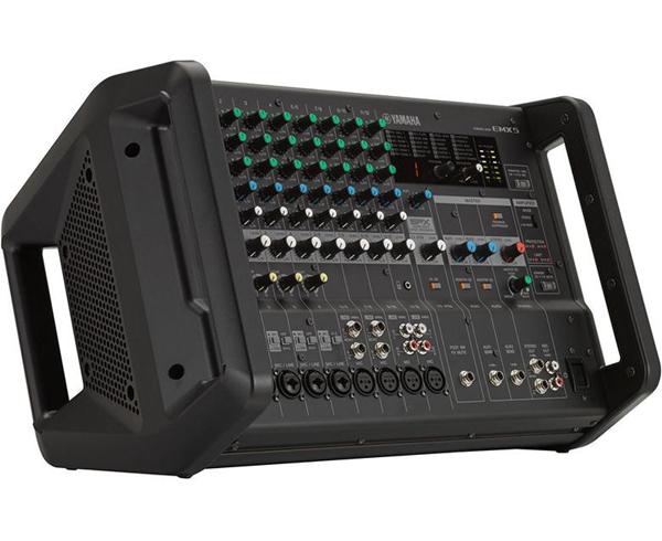 Mặt trước bàn mixer Yamaha EMX5